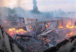 Yozgatta korku dolu anlar Kereste fabrikası kül oldu