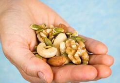 Ara öğünlerde neden yağlı tohum tüketmeliyiz