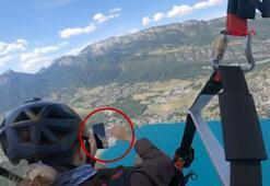Fransada yamaç paraşütü yapan kadın 11 bin TLlik telefondan oldu