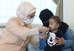 Emine Erdoğan, kolları ve bacakları olmayan Muhammed bebeği misafir etti