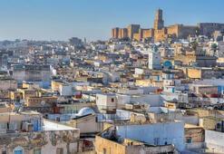 Tunus Hakkında Bilgiler; Tunus Bayrağı Anlamı, 2020 Nüfusu, Başkenti, Para Birimi Ve Saat Farkı