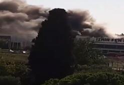 Son dakika İzmirde bir fabrikada yangın paniği