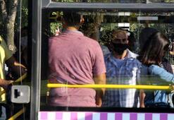 Kağıthanede otobüslerde ayakta ve sosyal mesafesiz yolculuk