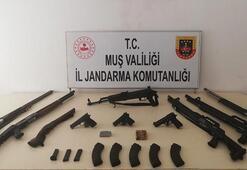Muşta silah ve mühimmat operasyonu 4 kişi tutuklandı