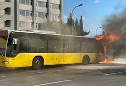 Son dakika... İstanbulda İETT otobüsü alev alev yandı