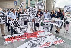 Gazetecilere ceza ve tahliye