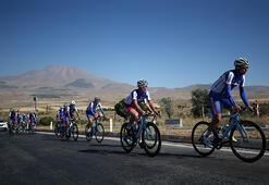 Yabancı bisikletçiler Erciyes Dağına hayran kaldı