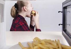 Sürekli aç hissetmenizin asıl nedeni buymuş