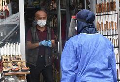 Dükkanını açan coronalı esnaf, ambulansla alınıp, KYK yurduna yerleştirildi