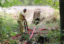 Pozantıdaki yangını 7 kilometre hortum çekerek kontrol altına almışlar