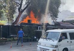 Son dakika... İstanbulda korku dolu anlar Restoran alevlere teslim oldu