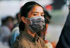 Endonezyada koronavirüs kısıtlamaları geri döndü