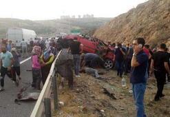 Anakrada feci kaza 3 kardeş hayatını kaybetti