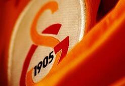 Son dakika transfer haberleri   Galatasarayın yeni orta saha transferini canlı yayında duyurdu