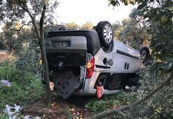Bursada hafif ticari araç devrildi: 5 yaralı