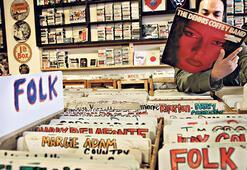 Plaklar, ilk kez  CD'den çok sattı