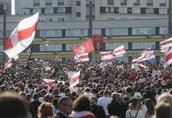 Rus istihbaratı, ABD'nin Belarus'ta protesto eylemleri için para gönderdiğini iddia etti