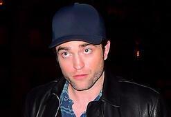 Robert Pattinson koronavirüsü yendi mi