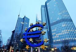 Euro Bölgesinde yıllık enflasyon sıfırın altında