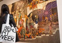 Sanat dünyasının ilk büyük etkinliği