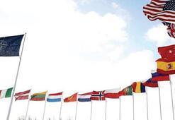 Türk-Yunan heyetleri NATO'da bir araya geldi