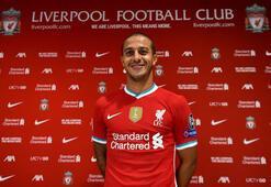 Liverpool, Thiagoyu renklerine bağladı