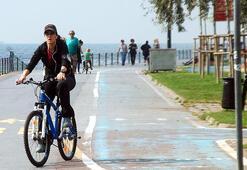 İstanbulda kadınlara bisiklet eğitimi