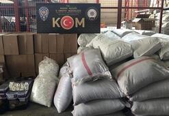 Adana'da 205 bin liralık kaçak çay ve tütün ele geçirildi