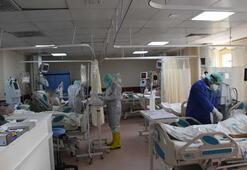 Yoğun bakımdaki sağlık çalışanlarının koronavirüs mücadelesi