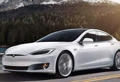 Teslanın otomatik pilotu hız sınırını aştı