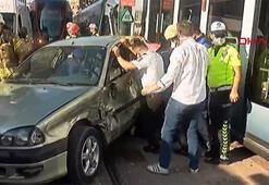 Son dakika Tramvay ve otomobil çarpıştı