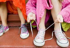 Çocuk ayakkabısını bağlayamıyor, düğme ilikleyemiyorsa dikkat