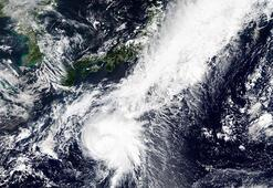 Tropikal fırtına paniği... Ülke alarma geçti