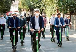 İstanbul'u scooter'la gezdiler