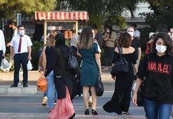 İzmirde korkutan manzara Toplu taşımadaki yoğunluk tedirgin etti