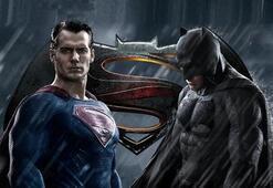 Batman V Süpermen oyuncuları ve karakterleri kimler - Batman V Süpermen Adaletin Şafağı filmi konusu