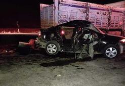 Otomobil ve kamyon çarpıştı: 1 ölü, 4 yaralı
