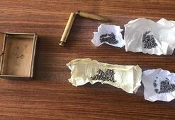 Niğde'de kalem şeklindeki suikast silahı ele geçirildi