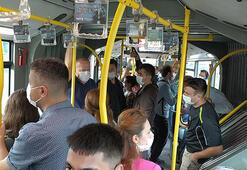 Metrobüste sosyal mesafesiz yolculuk