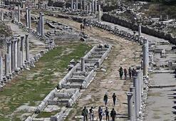 Perge Antik Kenti Antalya İlinde Nerede Giriş Ücreti, Tarihçesi Ve Özellikleri