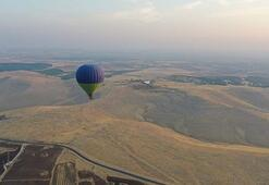 Göbeklitepede, sıcak hava balonu test uçuşu yapıldı