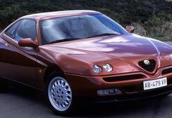Sportif karakterli sedan Alfa Romeo 156