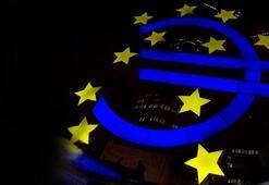 Euro Bölgesinde son çeyrekte yüzde 2,2 büyüme bekleniyor
