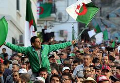 Cezayir-Fransa ilişkilerinde yeni dönem gerilim sinyali veriyor