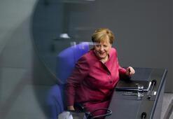 Merkelden AB zirvesi öncesi Türkiye mesajı