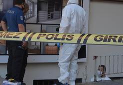 Avcılarda iş yerinin önünde zincirle asılı halde ölü bulundu
