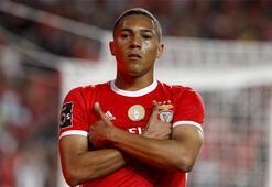 Son dakika | Tottenham, Carlos Viniciusu Benficadan kiraladı