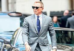 Bond filmi 2021'e ertelendi