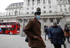 İngiltere'de 'teknik sorun' nedeniyle 16.000 vaka koronavirüs tablosuna yeni eklendi