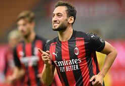 Milan, Hakan Çalhanoğlunun sözleşmesini uzatıyor